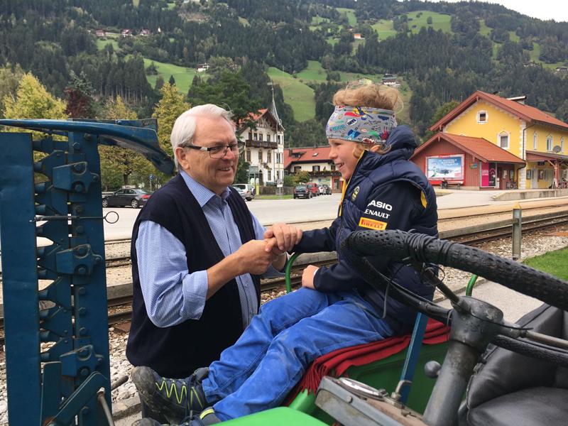 Franz-Josef auf seinem Traktor